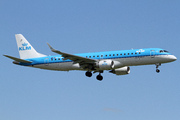 Embraer ERJ-190-100STD 190STD  (PH-EZR)