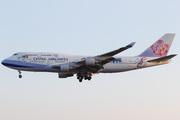 Boeing 747-409 (B-18203)