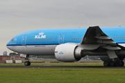Boeing 777-206/ER (PH-BQD)