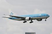 Boeing 777-206/ER (PH-BQP)