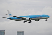 Boeing 777-306/ER (PH-BVB)