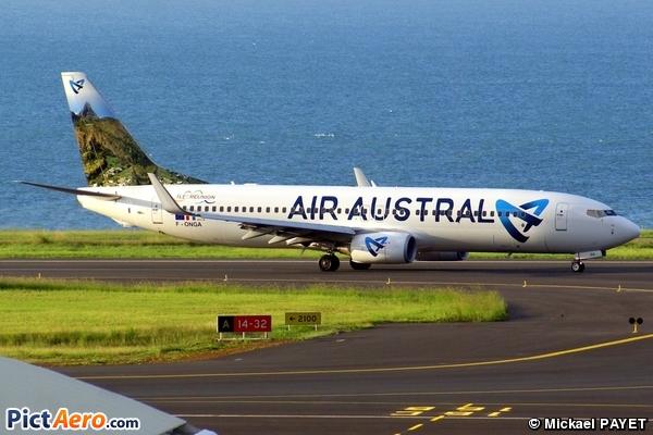 Boeing 737-89M (Air Austral)
