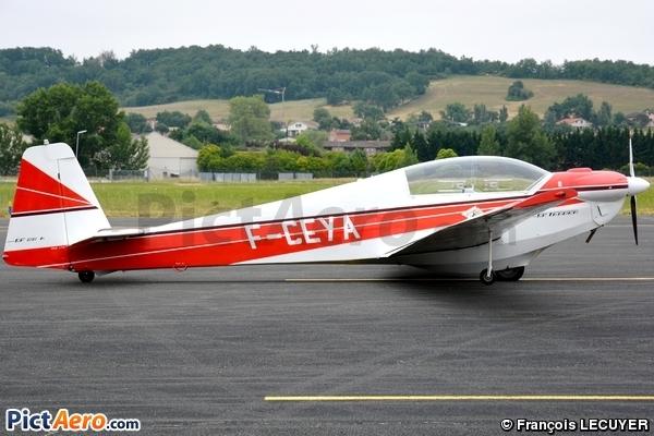 Scheibe SF-28A Falke Tandem (Association Tarnaise de vol à voile)
