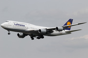 Boeing 747-830 (D-ABYH)
