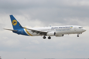 Boeing 737-84R (UR-PSF)