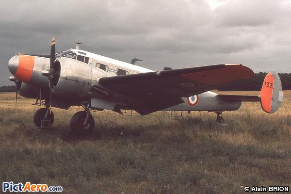 Beech 18 S (France - Air Force)