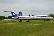 Tupolev Tu-154B-2 (EW-85581)