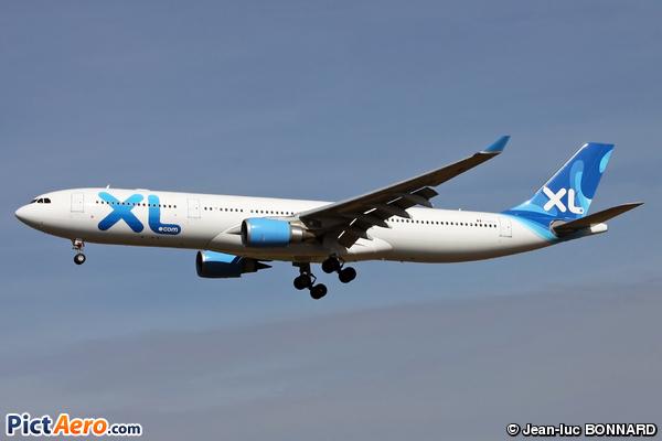 Airbus a330 303 f hxlf xl airways by jean luc bonnard for Airbus a330 xl airways interieur
