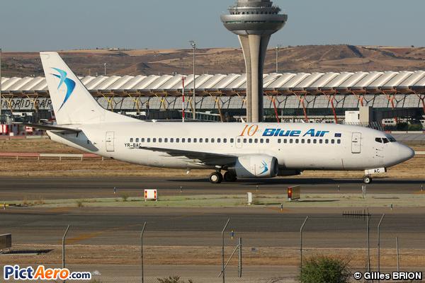 Boeing 737-377 (Blue Air)