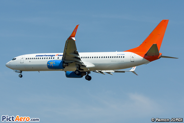 Boeing 737-808 (Smart Wings)