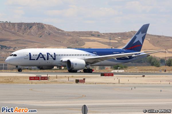 Boeing 787-8 Dreamliner (LAN Airlines)