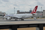 Airbus A330-303