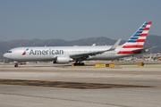 Boeing 767-323/ER (N344AN)