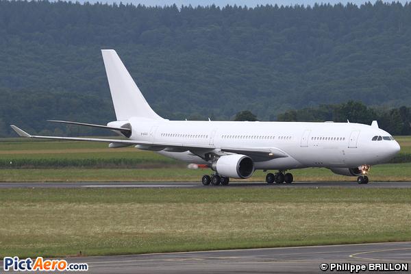 Airbus A330-203 (Eva Air)