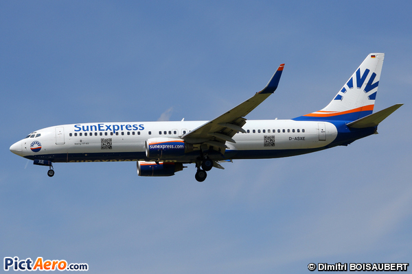 Boeing 737-8CX (SunExpress Deutchland)