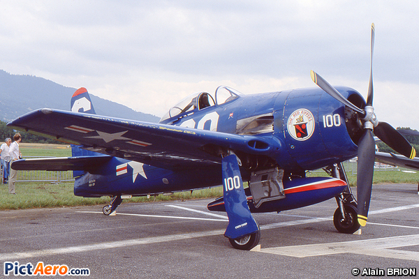 Grumman F8F-2P Bearcat (Stephen Grey)
