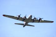 Boeing B-17G (N93012)