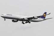 Airbus A340-642X (D-AIHU)