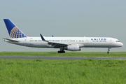 Boeing 757-224 (N19130)
