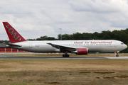 Boeing 767-33A/ER (N351AX)