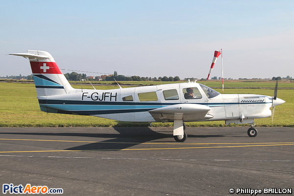 Piper PA32RT-300 Lance II  (Privé / Private)
