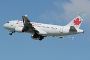 Airbus A319-114 (C-FYKC)