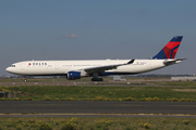 Airbus A330-302 (N823NW)