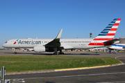 Boeing 757-223(WL) (N197AN)