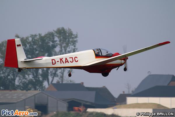 Scheibe SF-25 Falke C (Privé/Private)