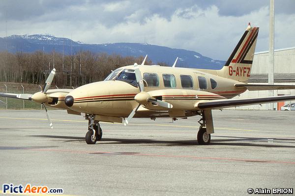 Piper PA-31 Navajo Turbo B (Privé inconnu)