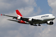 Airbus A380-842 (VH-OQJ)