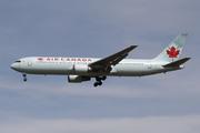 Boeing 767-375/ER (C-GLCA)