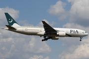 Boeing 777-240/ER (AP-BGK)