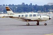 Piper PA-31-325 Navajo (G-BMGH)