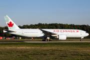 Boeing 777-233/LR (C-FIUJ)