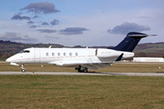 Bombardier BD-100-1A10 Challenger 300 (M-HSNT)