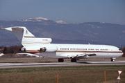 Boeing 727-212 Adv(RE) Super 27 (VR-CBQ)