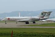 Bombardier BD-700-1A10 Global Express (B-8196)