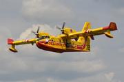 Canadair CL-415 (F-ZBFS)