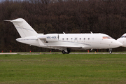 Canadair CL-600-2B16 Challenger 605 (A9C-ACE)