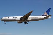 Boeing 777-222/ER (N792UA)