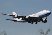 Boeing 747-409F/SCD (B-18725)