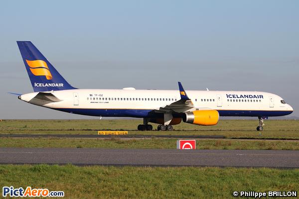 Boeing 757-223 (Icelandair)