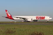 Boeing 777-32W/ER (PT-MUF)