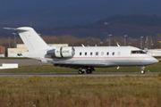 Canadair CL-600-2B16 Challenger 605 (M-ACHO)