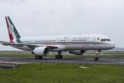 Boeing 757-225 (XC-UJM)