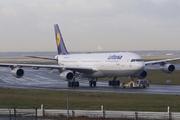 Airbus A340-313 (D-AIFC)