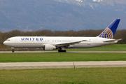 Boeing 767-322/ER (N655UA)