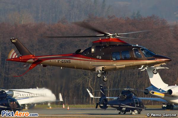 Agusta A-109SP (Skycam Hélicoptères)