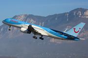 Boeing 757-204 (G-BYAW)